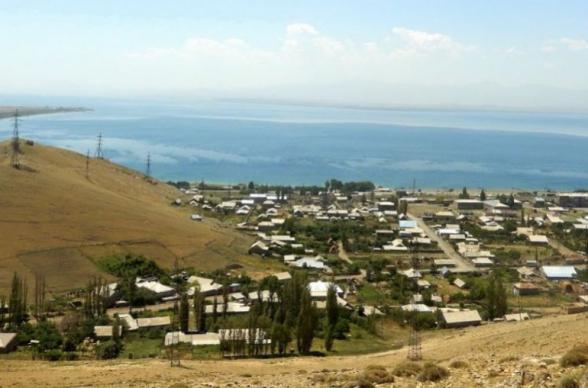 Азербайджанцы в направлении Вардениса продвинулись еще на 300-400 метров, всю ночь работала техника – глава сельской общины
