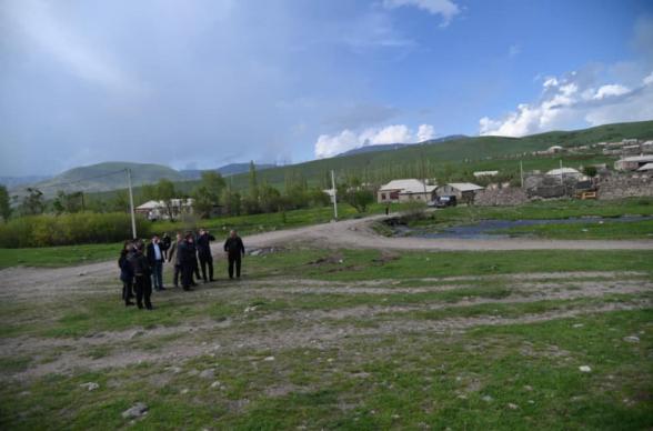 Ադրբեջանցիները Կութ գյուղից 5 կմ հեռավորության վրա են գտնվում, իսկ բանակցությունները շոշափելի արդյունք չեն տվել. համայնքի ղեկավար