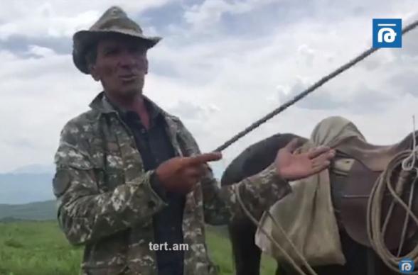 Մի քիչ հող այստեղից են տալիս, մի քիչ՝ այնտեղից, չգիտենք՝ մեր Կառավարությունն ինչ գործի է․ սյունեցի (տեսանյութ)