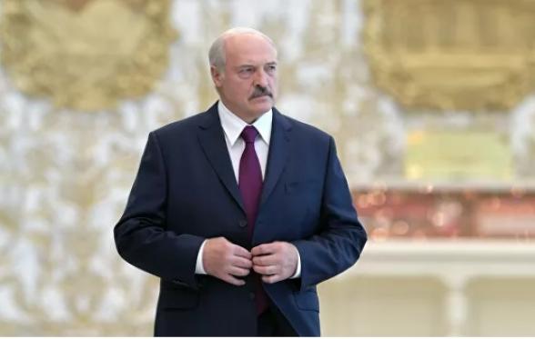 Лукашенко назвал санкции Запада против Минска попытками «наката» на Москву