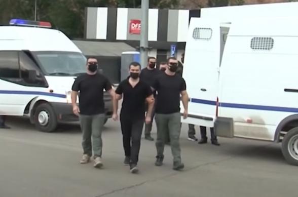 Опубликованы кадры передачи Азербайджаном 15 армянских военнопленных (видео)