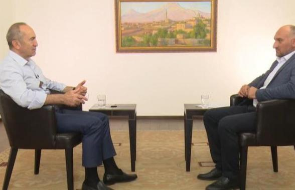Интервью Роберта Кочаряна телекомпании «Еркир Медиа» (видео)