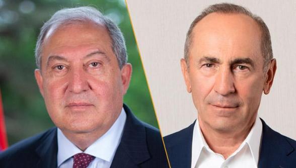 Армен Саркисян провел телефонный разговор с Робертом Кочаряном