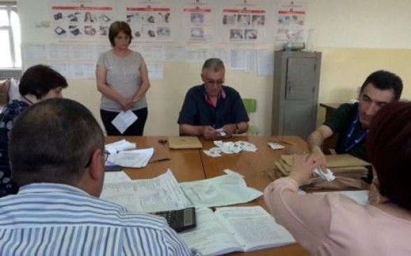 Վանաձորի ընտրատեղամասերից մեկում «Հայաստան» դաշինքի 100 քվեի փոխարեն գրվել է 10