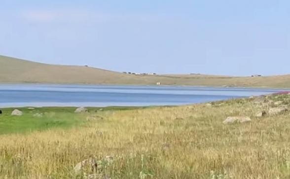 Фактическим хозяином Черного озера является враг (видео)