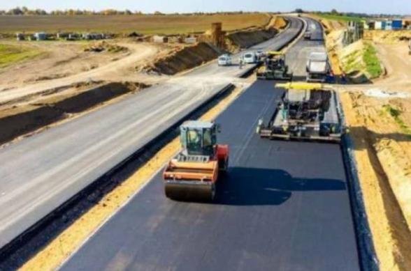 Հայաստանի հետ սահմանին նախատեսվում է կառուցել մինչև 700 կմ ռազմական նշանակության ճանապարհ. Ալիև