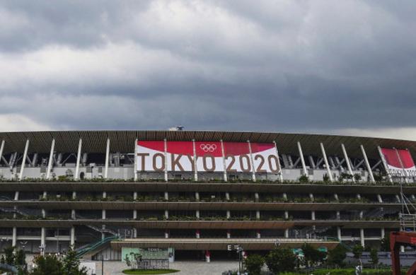 Օլիմպիական խաղերի մի շարք մրցումներ, որոնք անցկացվելու էին հուլիսի 27-ին բաց երկնքի տակ, հետաձգվել են մոլեգնող փոթորկի պատճառով (տեսանյութ)
