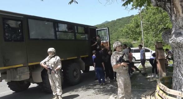 Российские миротворцы обеспечили безопасность посещения паломниками монастыря Амарас в Арцахе