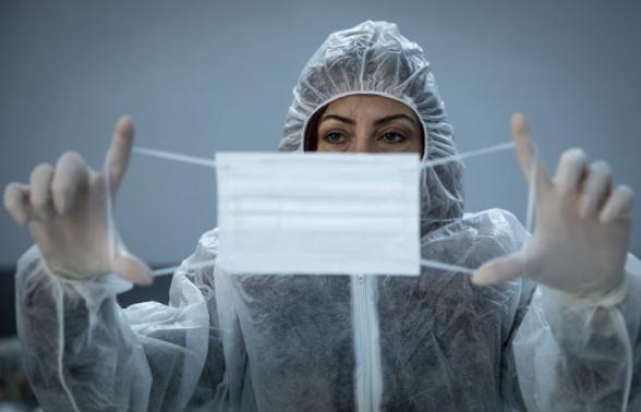 Исследование в США показало, что пандемию не остановить только вакцинацией