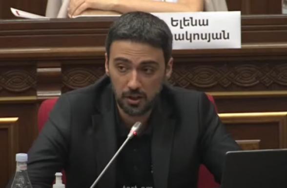Наши 2 депутата находятся в статусе заложников, Конституция попирается – Арам Вардеванян (видео)