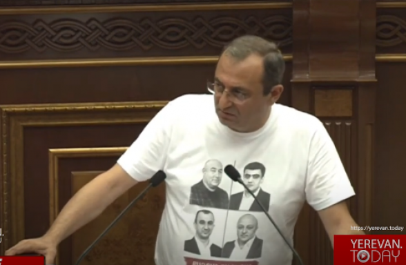 История Армении и Арцаха последних 2-3 лет – история предательства – Арцвик Минасян (видео)