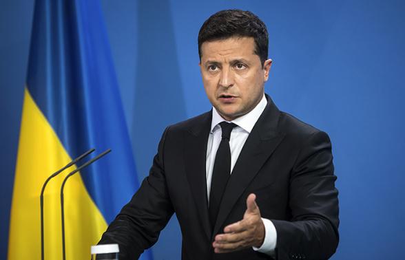 Зеленский предложил жителям Донбасса «уезжать в РФ или держаться»