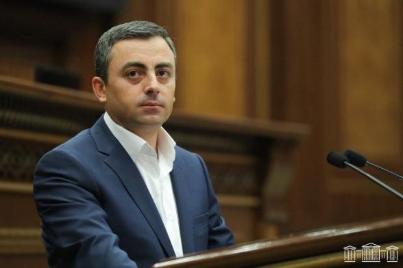 Что Ишхан Сагателян сказал Николу Пашиняну 19 октября: подробности встречи (видео)
