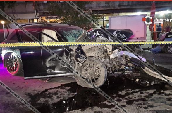 Խոշոր ու շղթայական ավտովթար ոստիկանության Չարբախի բաժանմունքի դիմաց. Infiniti-ն՝ բախվել է 5 ավտոմեքենայի, կան վիրավորներ