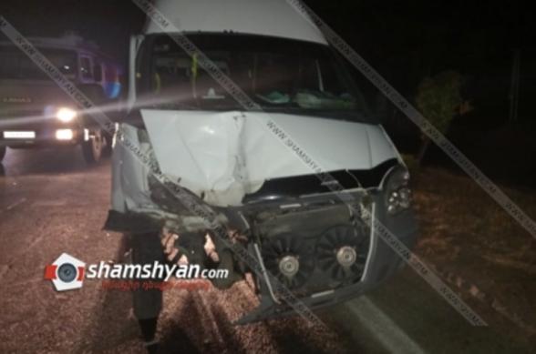 Պռոշյանում բախվել են Ոսկեվազ-Երևան երթուղին սպասարկող ГАЗель-ն ու Nissan X-Trail-ը. կան վիրավորներ