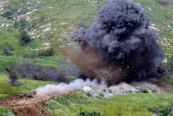 Азербайджанец подорвался на мине