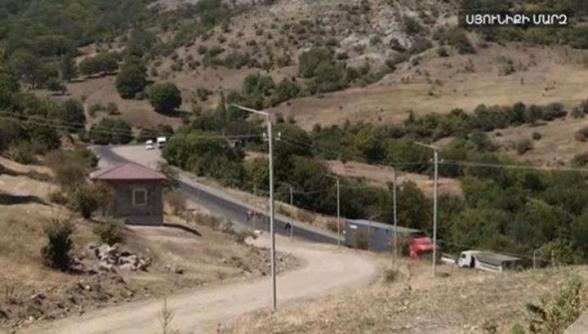 Արագ տեմպերով ադրբեջանցիները շինարարություն են անում Գորիս-Կապան ճանապարհի աջ և ձախ հատվածում