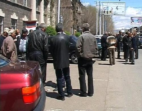Գործադուլ Գյումրիում կամ «Վերջը տաքսու վարորդներն են բացելու հայ-թուրքական սահմանը»