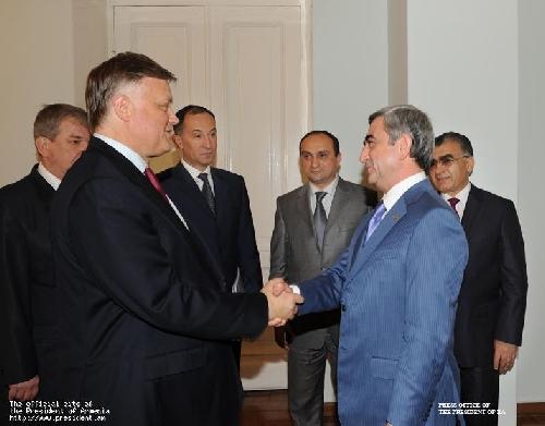 Սերժ Սարգսյանն ընդունել է «Ռուսական երկաթուղիներ» ԲԲԸ-ի նախագահ Վլադիմիր Յակունինին