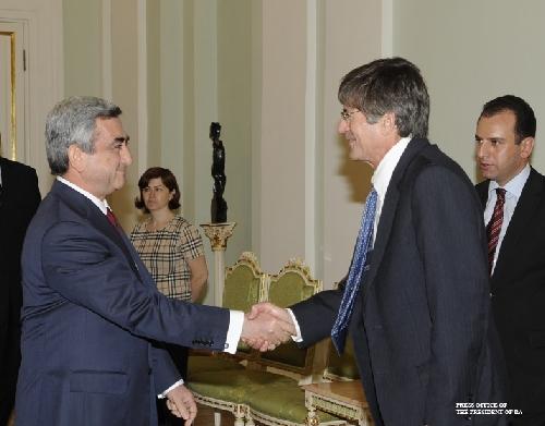 Նախագահ Սերժ Սարգսյանն ընդունել է ԱՄՆ պետքարտուղարի առաջին տեղակալ  Ջեյմս Սթայնբերգին