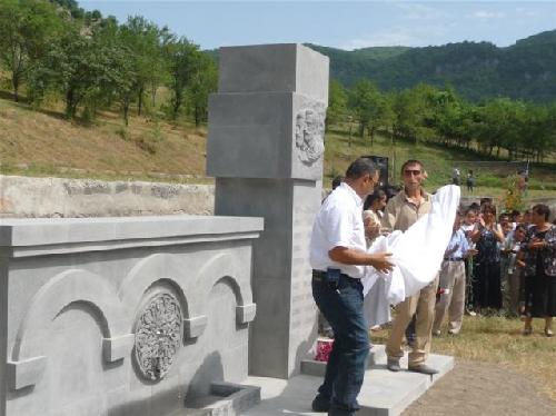 Բացվել է Ծմակահողում զոհված ազատամարտիկներին նվիրված հուշահամալիր