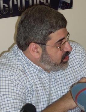 Կիրո Մանոյան. «Բակո Սահակյանը հստակ բարձրաձայնեց, որ ԼՂՀ–ն պետք է մասնակցի բանակցություններին»