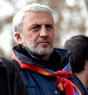 Արամ Մանուկյան