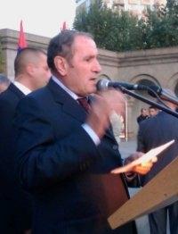 Լևոն Տեր-Պետրոսյանի ելույթը 2010 թ. նոյեմբերի 9-ի հանրահավաքում
