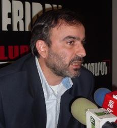 Ժիրայր Սեֆիլյան. «Այս ամենի սցենարի հեղինակը Սերժ Սարգսյանն է, Տեր–Պետրոսյանն էլ այն ընդունել է, ուստի խուսանավումներ չեն լինի»