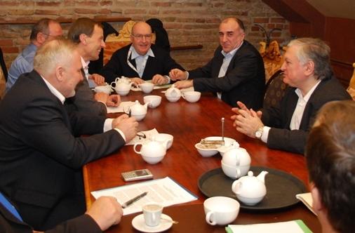 Հանդիպել են Հայաստանի և Ադրբեջանի ԱԳ նախարարները