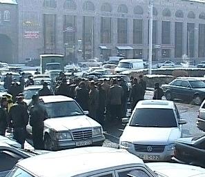 ՀՀ կառավարության հերթական որոշումից տուժած քաղաքացիները հրապարակային բողոքի գործողության էին դուրս եկել