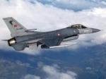 Թուրքիան մի քանի կործանիչ է ուղարկել Սիրիայի սահմանի մոտ