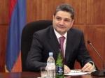 Կառավարության ծրագրի ընդունումից հետո Տիգրան Սարգսյանը պատասխանել է լրագրողների հարցերին