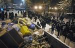 Այս գիշեր Կիևում ցուցարարներն ու իրավապահները կրկին բախվել են (տեսանյութ)