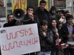 ՀԱԿ ակտիվիստներին ազատ արձակեցին. Անի Գևորգյանին բաժնում ապտակել են (տեսանյութ)