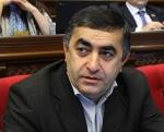 Արմեն Ռուստամյանը չի ուզում Սերժ Սարգսյանին դատի, որ չդատվի