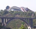 Արտակարգ դեպք. եղբայրները Կիևյան կամրջից փորձել են ինքնասպանություն գործել
