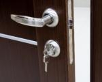 Անհավասարակշիռ (ագրեսիվ) վիճակում գտնվող բնակիչը փակել է բնակարանի դուռը