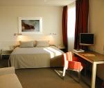 Հյուրանոցի բեռնակիրն ԱՄՆ քաղաքացուհու սենյակից 200 դոլար է գողացել