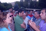 Բուռն բանավեճեր և «անհարմար» իրավիճակ Ազատության հրապարակում (լուսանկարներ, տեսանյութ)
