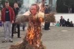 Ղրիմում այրել են Էրդողանի խրտվիլակը (տեսանյութ)