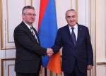 Член Европарламента обратился к нагорно-карабахскому конфликту