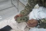 ԼՂՀ ՊԲ զինծառայողը մարտի դաշտում պոկել է ադրբեջանցի փոխգնդապետի ուսադիրը