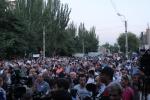 Երթի մասնակիցները վերադարձան Խորենացի փողոց. վիճաբանություն է սկսվել (տեսանյութ)