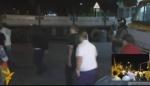 Ինչպես են քաղաքացիական հագուստով անձինք անցնում ՊՊԾ գնդի տարածք (տեսանյութ)