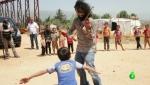 Տաղանդավոր հայ ջութակահարը նվագում է սիրիացի փախստականների ճամբարներում (լուսանկար)