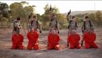 Սիրիայում երեխաները մահապատժի են ենթարկել գերիներին (լուսանկար, տեսանյութ)