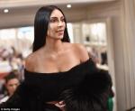Փարիզի նորաձևության շաբաթվա ընթացքում Քիմ և Քորթնի քույրերը կրկին ցնցել են բոլորին (տեսանյութ, ֆոտոշարք)
