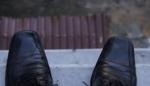 Երևանի շենքերից մեկի տանիքից քաղաքացին փորձում է ինքնասպան լինել