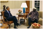 Մալիք Օբաման կոչ է արել եղբորը ներել Ասանժին